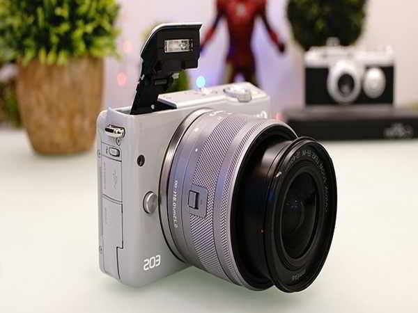 Đánh giá Canon M10 - Máy ảnh dành cho người nghiệp dư