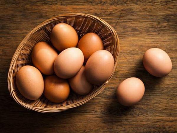 Mơ thấy trứng gà là điềm báo tốt hay xấu?