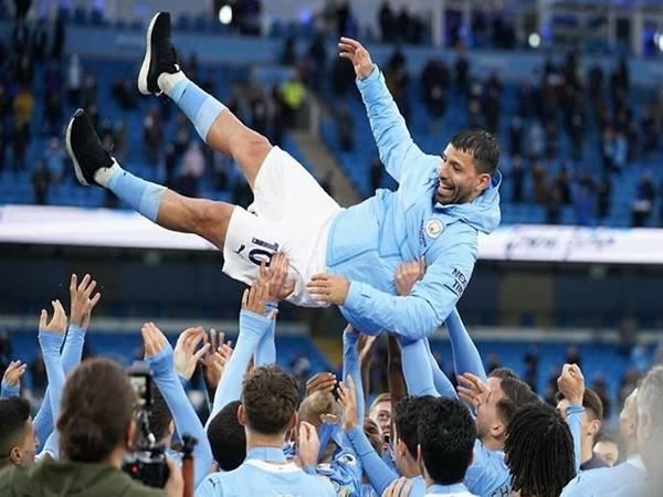 Tin bóng đá ngày 2/6: Sergio Aguero tặng quà trước khi rời Man City