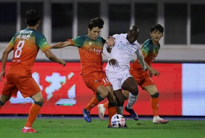 Nhận định, soi kèo Gangwon vs Jeju United, 18h00 ngày 24/8